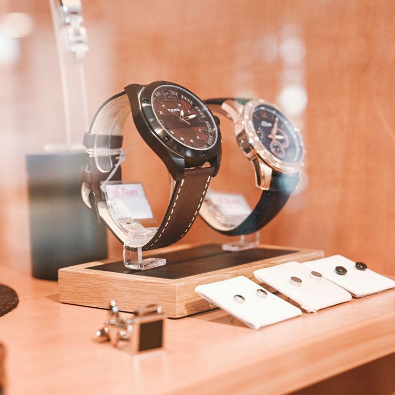 Impression Geschäft Schaufester Uhren