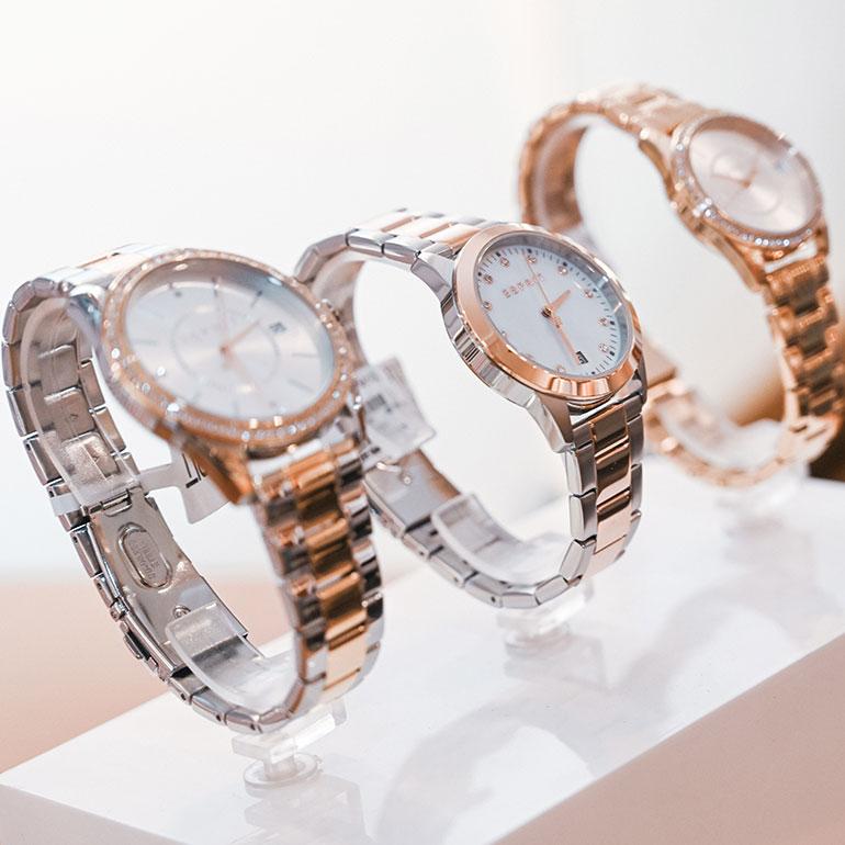 Impression Geschäft Uhrenauswahl